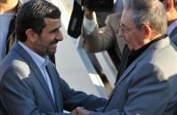 Raúl despidió al presidente iraní.