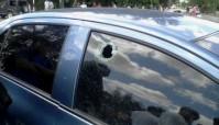 Auto impactado por una piedra en 100 y Vento y convertido en atentado por Yoani Sánchez. ¿Trabajará ella para Scotland Yard?