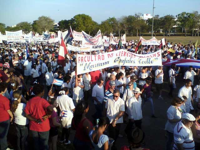 Primero de Mayo en Holguín (2013).