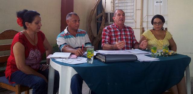 Miembros del Comité Organizador del Noveno Coloquio. Foto: Hugo/Visión desde Cuba.
