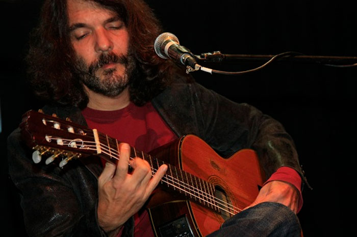 Santiago Feliú (foto tomada del blog del autor)
