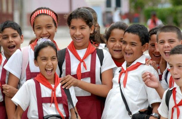 Estudiantes cubanos de la educación primaria.