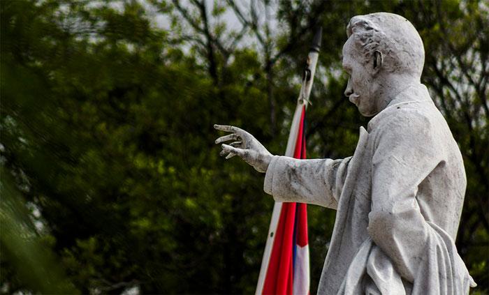 """Para Martí, la Guerra Necesaria debía ser """"sana y fuerte, y tramada con toda cordura"""". (Fernando Medina Fernández / Cubahora)"""