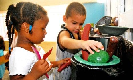 En Cuba la preocupación por los menores es de toda la sociedad. Foto: archivo.