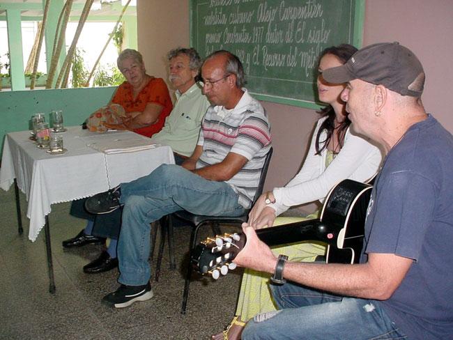 Reconocidos artistas visitaron la Universidad durante la Fiesta de la semilla organizada por la UNEAC en Holguín. Foto: Francisco Rojas.