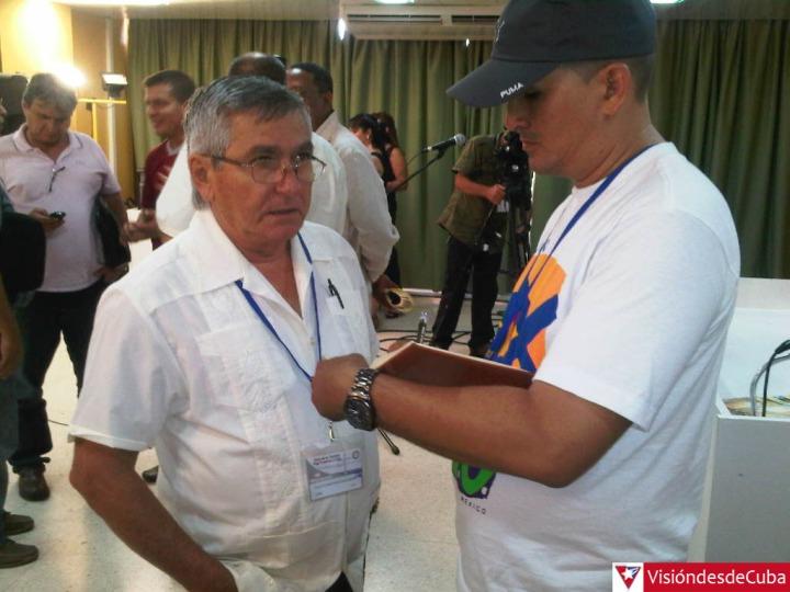 Colegas de la prensa se preparan para cobertura. Foto: Luis Ernesto.