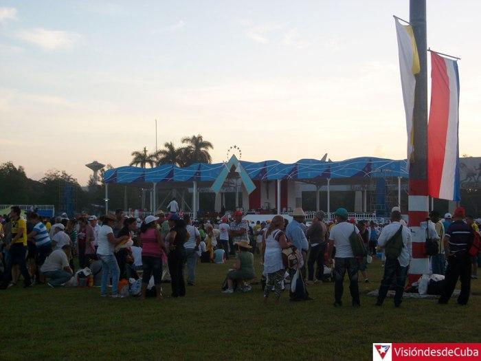 plaza-holguin-previa-vdc4