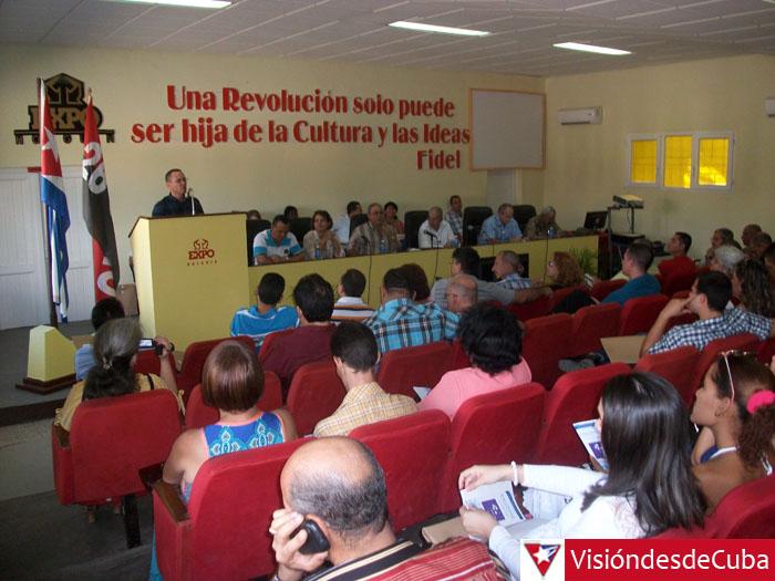 Asamblea Provincial de la Unión de Informáticos de Cuba. Desarrollada en el Recinto ferial Expo Holguín con la presencia de 133 delegados. En la misma fue electo como Presidente de la Junta Directiva el Dr.C Orestes Coloma Rodríguez. VDC FOTO/Luis Ernesto Ruiz Martínez.