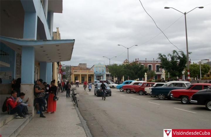 Visiones que muestran la realidad cotidiana de Holguín. VDC FOTO/Luis Ernesto Ruiz Martínez.