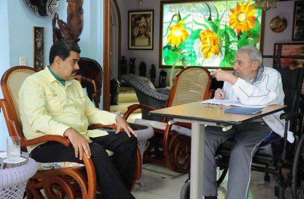 Nicolás Maduro se reunió con el líder de la Revolución Cubana, Fidel Castro. Foto tomada de Telesur.