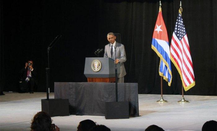 El presidente de los Estados Unidos de América, Barack Obama, durante su discurso en el Gran Teatro de La Habana Alicia Alonso, el 22 de marzo de 2016. ACN FOTO/Jorge Legañoa Alonso.