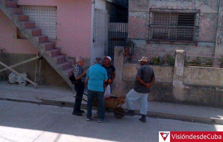 Papas en Holguín. Foto: Luis Ernesto.