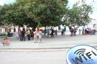 Gibara ya tiene WIFI en la Plaza de la Cultura.