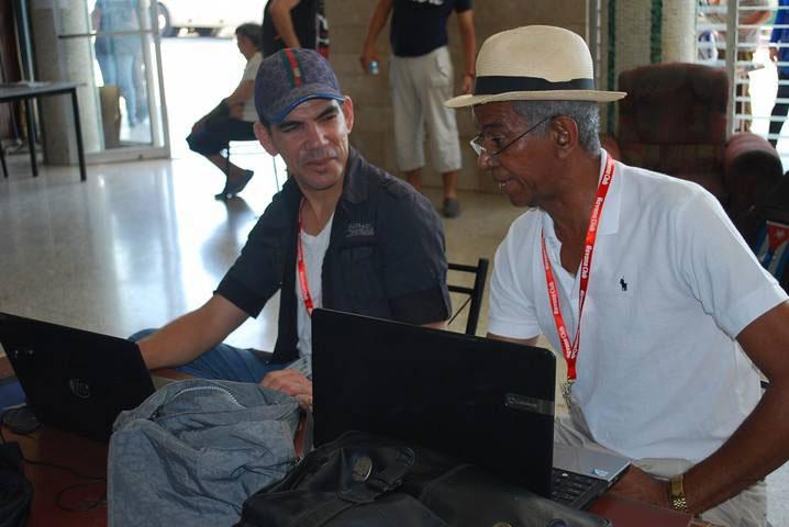 Yensy Torres (izq) y Lázaro David Najarro.