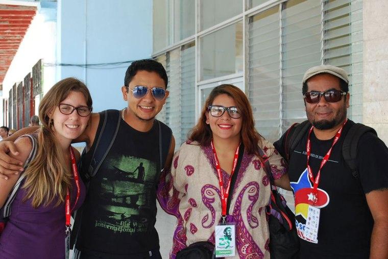 Isis Rojas y Joel Ochoa (en los extremos de la foto), junto a otros delegados de Venezuela. Foto: Carlos Parra Zaldívar.