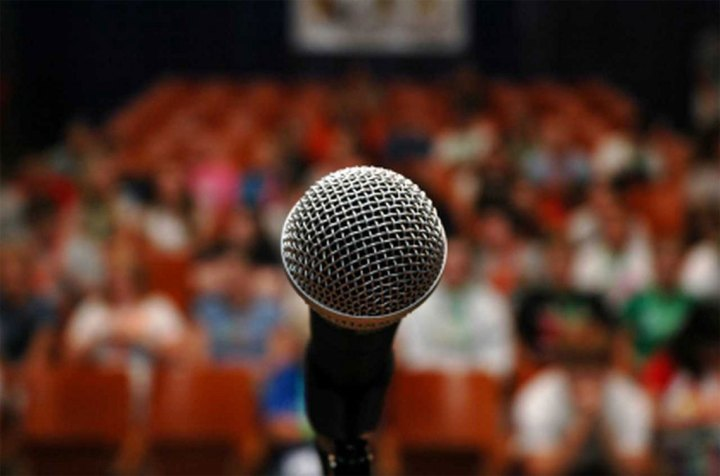 microfono-auditorio