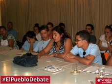 pueblo-debate-uho-vdc4