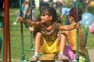 Infante disfrutando de las actividades por el Día de los Niños, en la ciudad de Holguín, Cuba, el 17 de julio de 2016. ACN FOTO/Juan Pablo CARRERAS/sdl