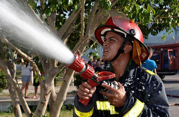 bombero-cubano