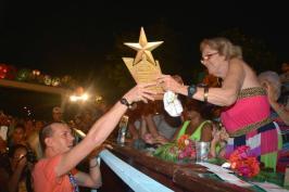La carroza de los Ministerios de Cultura y Transporte obtuvo el Premio de la Mejor Coreografía del Carnaval Holguín 2016, durante la clausura de la fiesta popular, en la ciudad cubana de los parques, el 21 de agosto de 2016. ACN FOTO/Juan Pablo CARRERAS/sdl