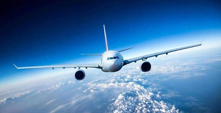 avion-en-vuelo