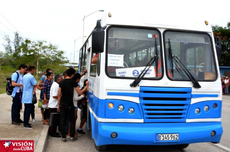 Aunque no tantas como antes, las Diana circulan ahora en Holguín a un precio de 20 centavos.. VDC FOTO/Luis Ernesto Ruiz Martínez.