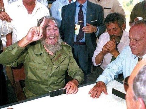 Fidel Castro Ruz en Láncara Lugo Galicia tierra de su padre Don Angel Castro Argiz . 1992