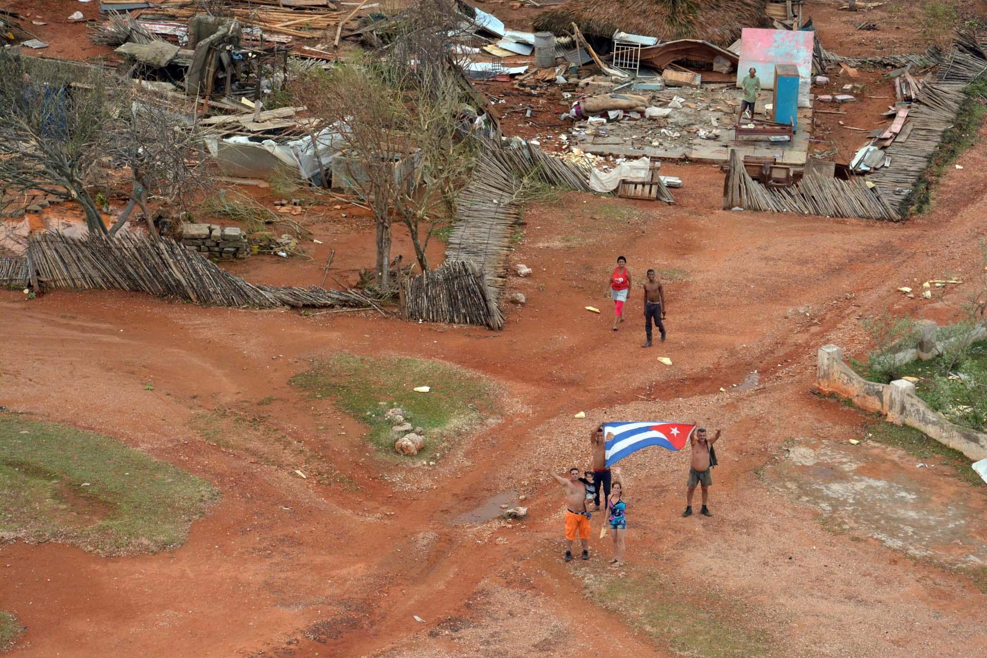 Vistas aéreas del municipio Maisí, en la provincia de Guantánamo, Cuba, luego del paso del huracán Matthew, el 6 de octubre de 2016. ACN FOTO/Juan Pablo CARRERAS.