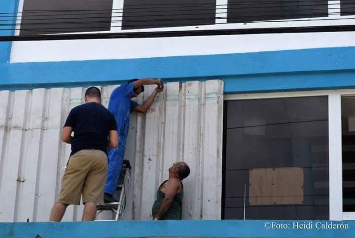 asegurando-ventanas-heidi