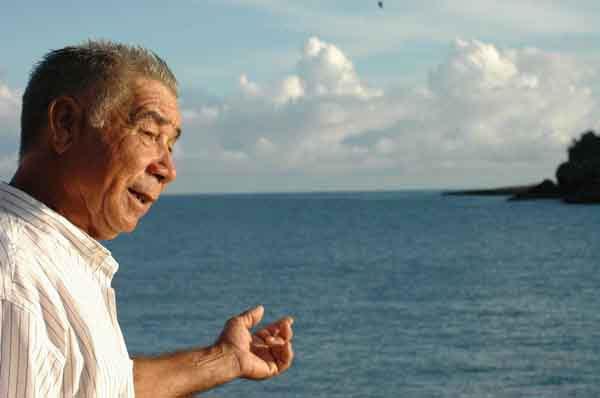 """a Carlos """"Chino"""" Escalante Gómez aún se le nublan los ojos cuando rememora el acto terrorista perpetrado"""