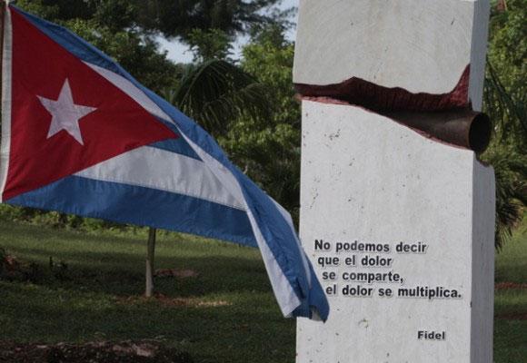 Monumento a las víctimas del terrorismo, ubicado en Boca de Samá, Holguín.