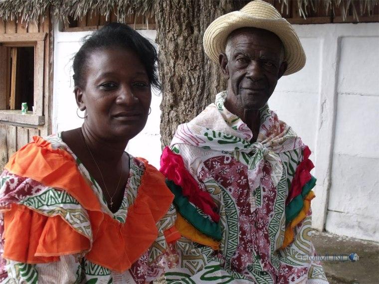 Clinton Allen es uno de los principales protagonistas del movimiento músico-danzario Rescat en la comunidad de Guaro, Mayarí.