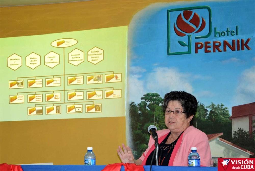 Elsa Vega Jiménez, de la Red Hermes Internacional, asiste al Primer Encuentro de Experiencias Mediáticas Alternativas, prmovido por el ICAP, efectuado en el Hotal Pernik de Holguín. VDC FOTO/Luis Ernesto Ruiz Martínez.