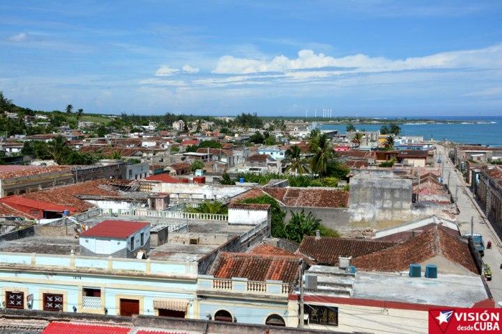 Vista de la ciudad de Gibara desde el Hotel Ordoño. Foto: Luis Ernesto Ruiz Martínez.