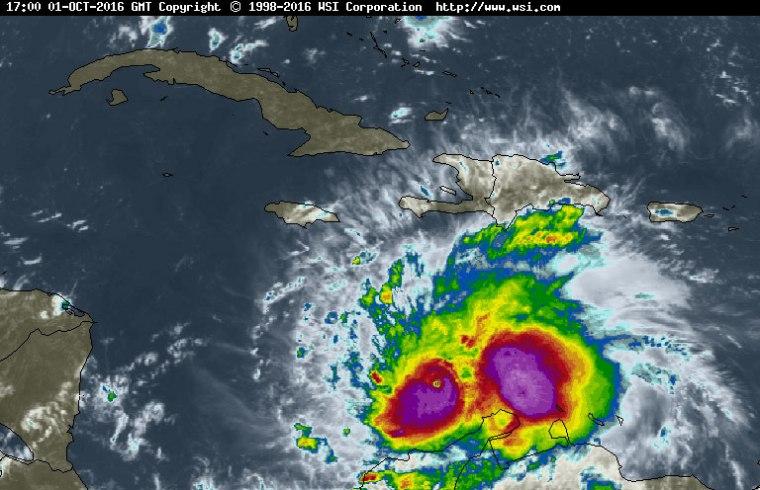 El huracán Mathew se mantiene como un intenso huracán, categoría 4 en la escala Saffir-Simpson.