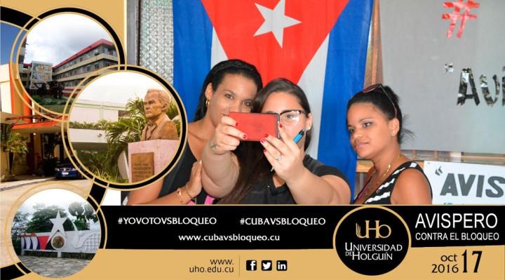 Selfie en medio del Avispero contra el bloqueo efectuado en la UHo.