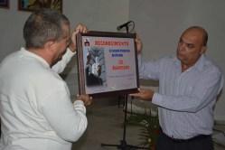 Entrega del Reconocimiento a la Escuela del Partido por el 39 aniversario de su fundación. UHO FOTO/Luis Ernesto Ruiz Martínez.