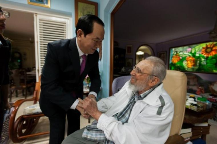 Fraterno encuentro de Fidel con el Presidente de Vietnam. Foto: Alex Castro