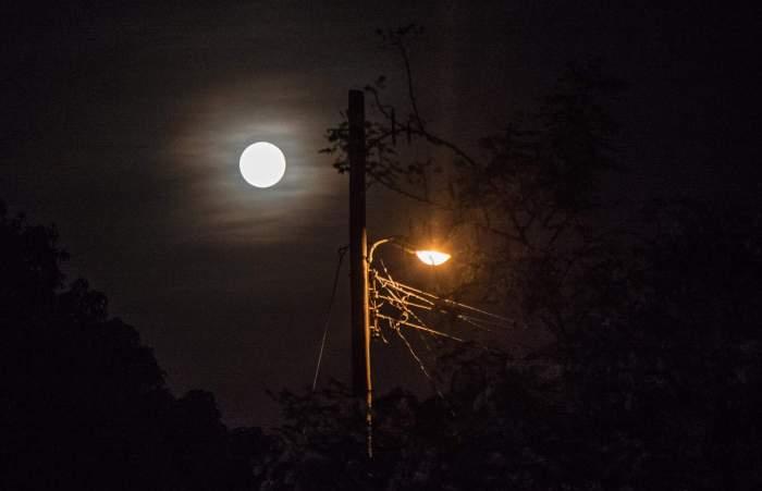 Así vimos la luna desde La Habana. Foto: Roberto Suárez.