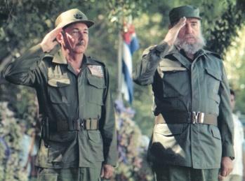 Fidel y Raúl.