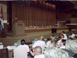 El Presidente de los Consejos de Estado y de Ministros, Comandante en Jefe Fidel Castro Ruz preside el encuentro con las fuerzas médicas prometidas para apoyar al pueblo estadounidense en las regiones afectadas por el huracán Katrina. Palacio de las Convenciones, Ciudad de La Habana, 4 de septiembre de 2005.