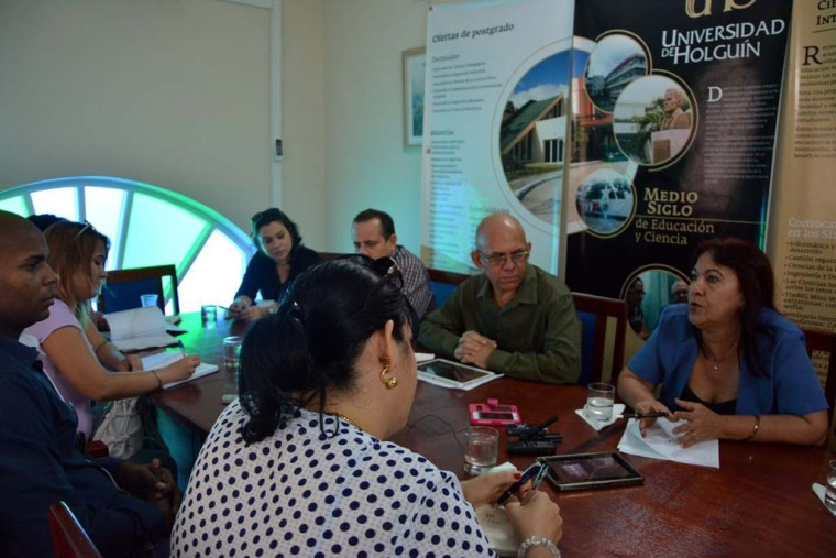 Conferencia de Prensa ofrecida por directivos de la Universidad de Holguín con la presencia de periodistas de medios locales. Desarrollada el 25 de enero de 2017 en la sede de la .AHS en Holguín. UHO FOTO/Luis Ernesto Ruiz Martínez