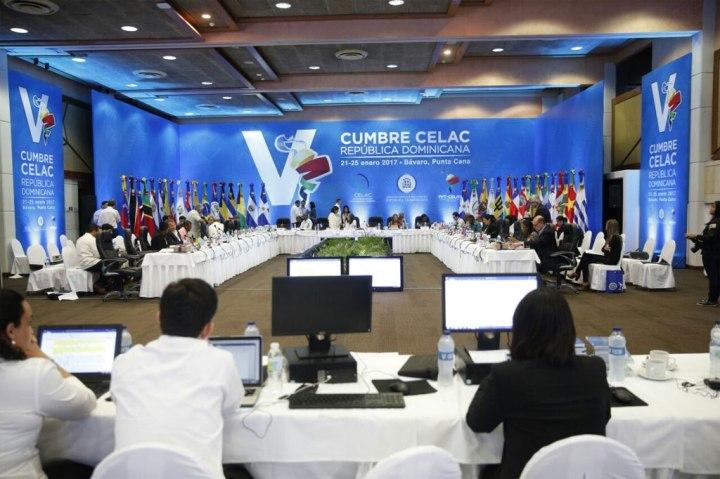 La V Cumbre de la CELAC reiteró el reclamo de poner fin al bloqueo de Estados Unidos contra Cuba.