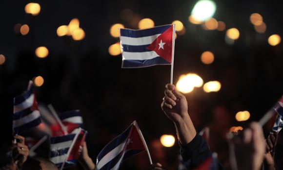 Esta es nuestra respuesta: Marcha de las Antorchas. Foto: Ladyrene Pérez/ Cubadebate