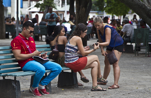 Zona Wi-Fi Foto: Cubadebate