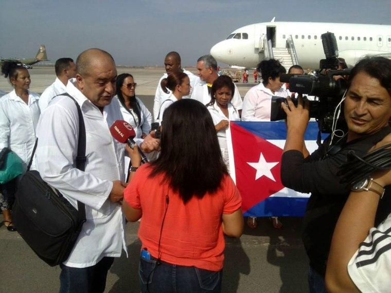 Entrevista al coordinador de nuestra brigada Henry Reeve el Dr Rolando Piloto. Foto cortesía de Enmanuel Vigil.