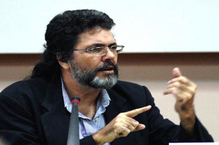 Abel Prieto, Ministro de Cultura de Cuba, durante las sesiones del XV Encuentro de la Red de Intelectuales y Artistas en Defensa de la Humanidad.