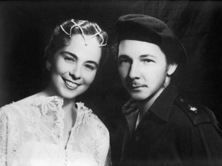 Vilma Espín y Raúl Castro. Foto tomada de internet.