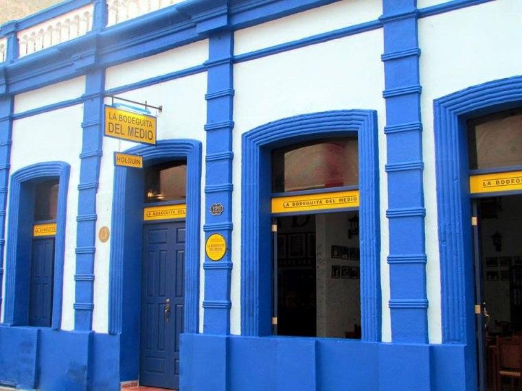 Holguín tiene su Bodeguita del Medio, fruto de la restauración de una añeja edificación del centro de la ciudad. Foto: Francisco Rojas González.