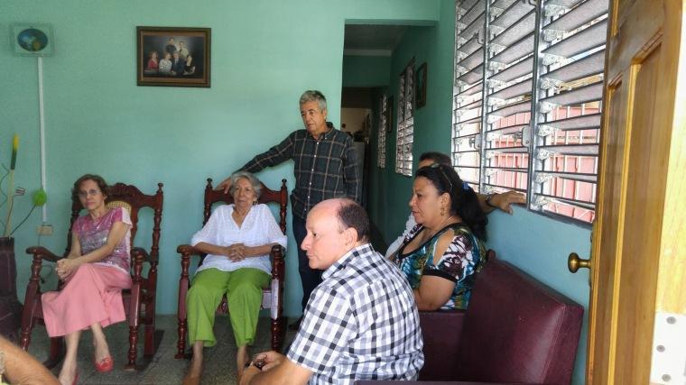 Entregan Premio Periódico Patria a Hilda Pupo Salazar
